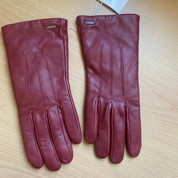New! Coach Red Leather Woman's Gloves